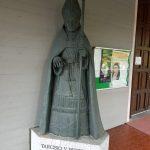 Statua di un vescovo di Lodi
