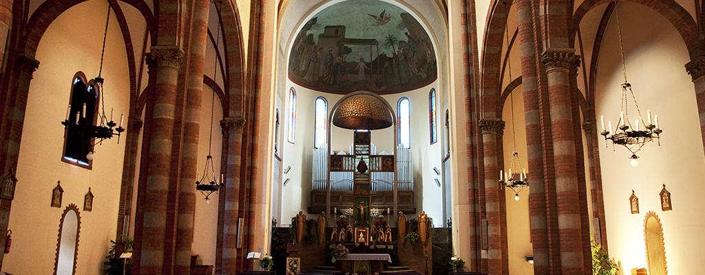 Chiesa vista dall'interno