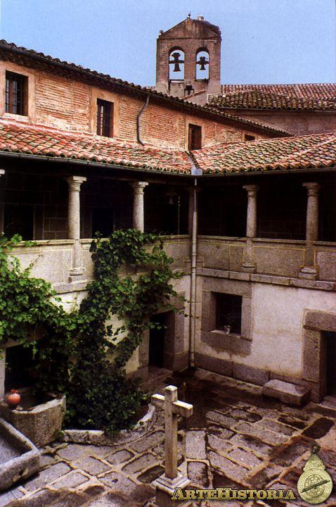 Monastero dall'interno