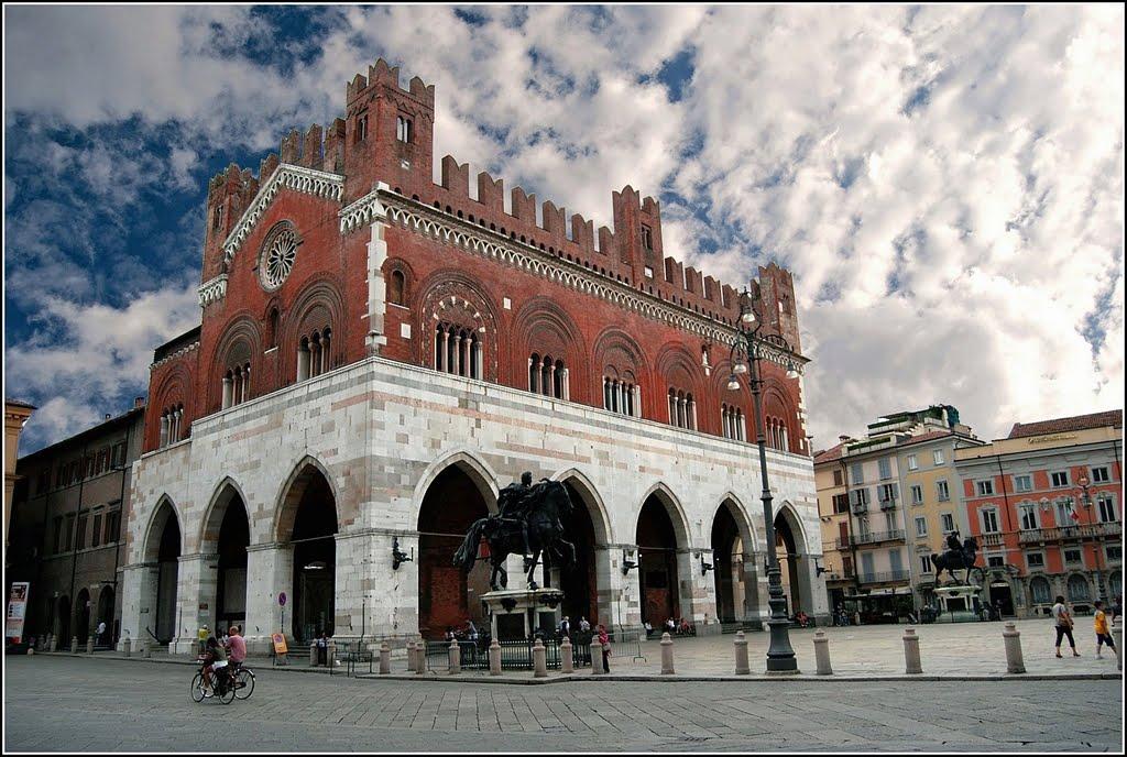 Palazzo gotico di Piacenza