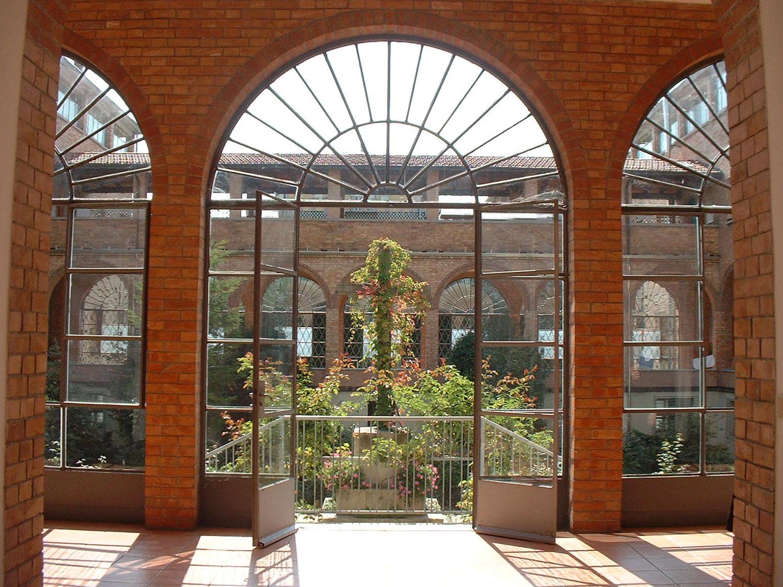 foto con vista sul cortile interno del monastero